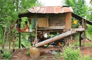 Isaan-Village-house